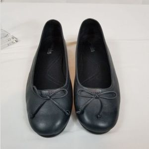 What's What Aerosoles Black Leather flat Shoes 11W